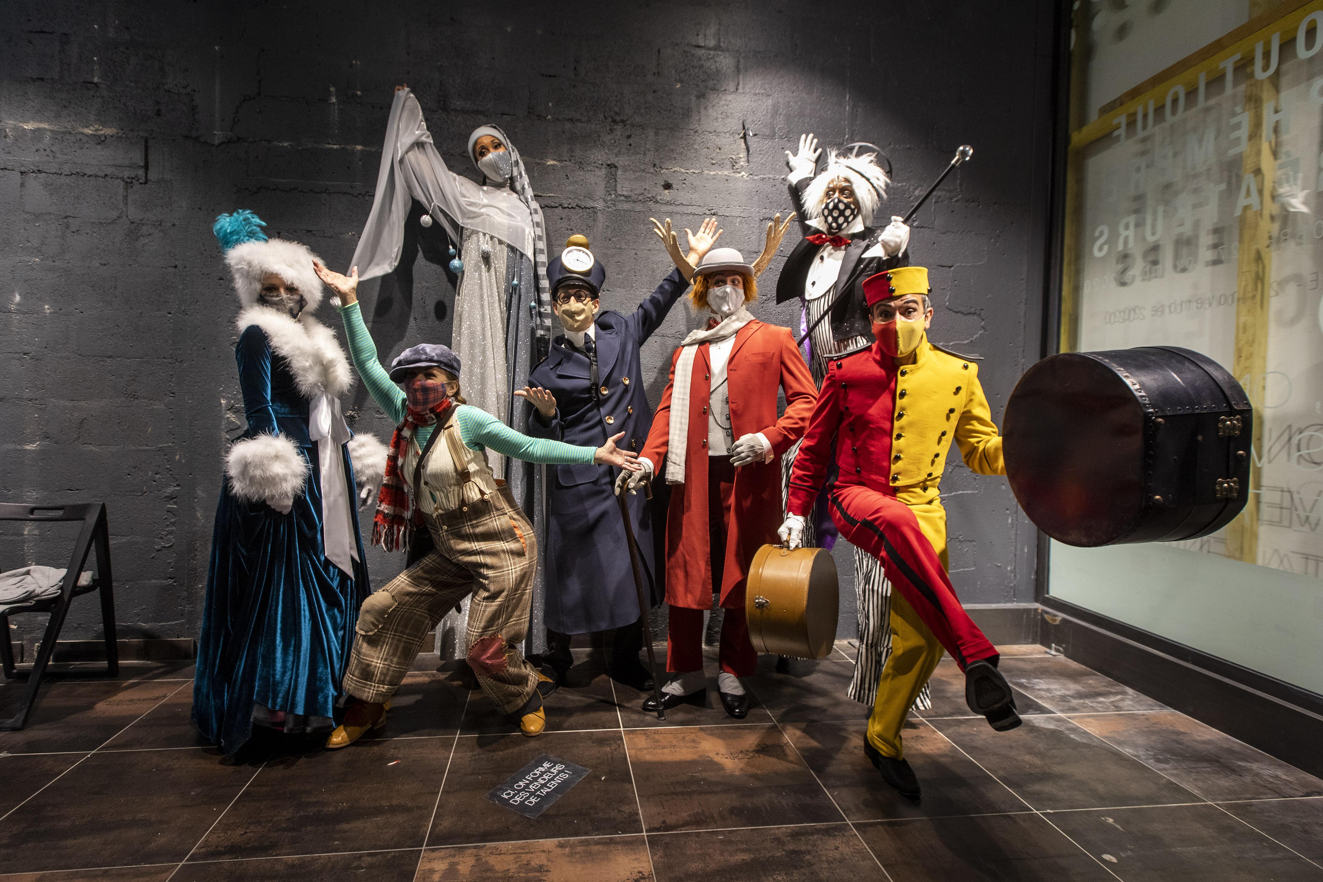 Parade de Noël - CRÉATION AURORE STAUDER- Les voyageurs du Christmas express-